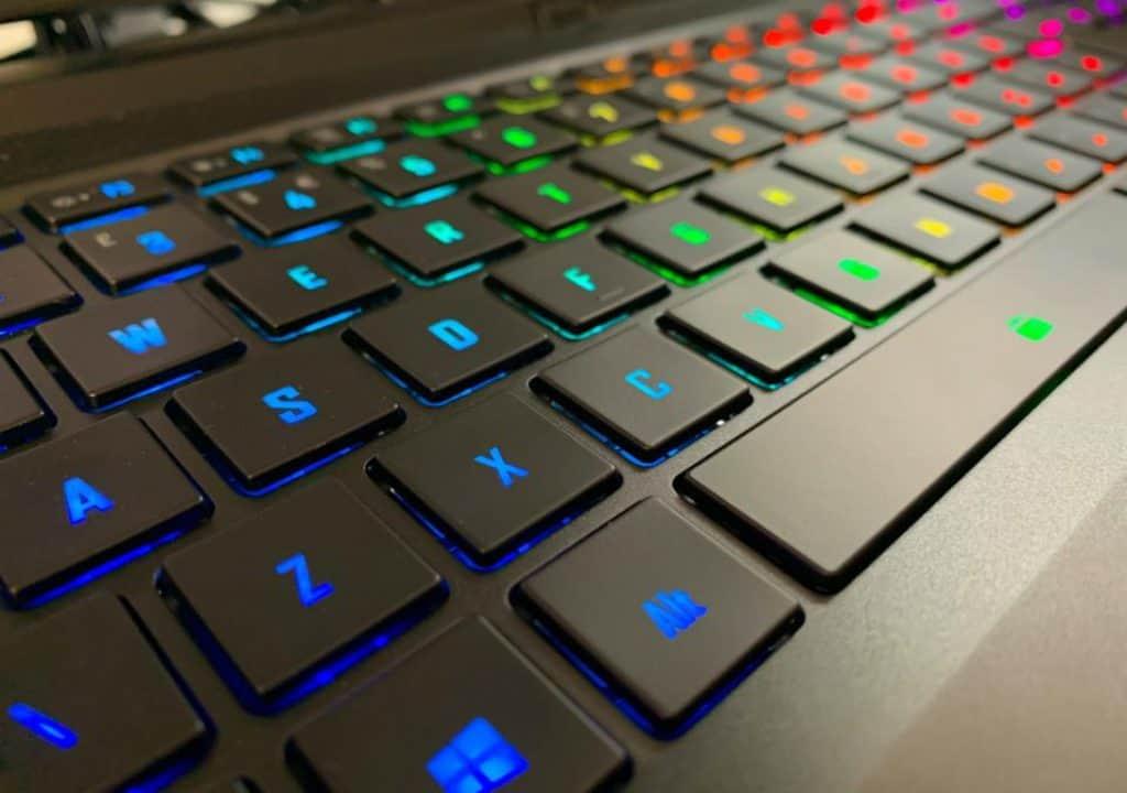 Gigabyte AERO 15 2021 Keyboard